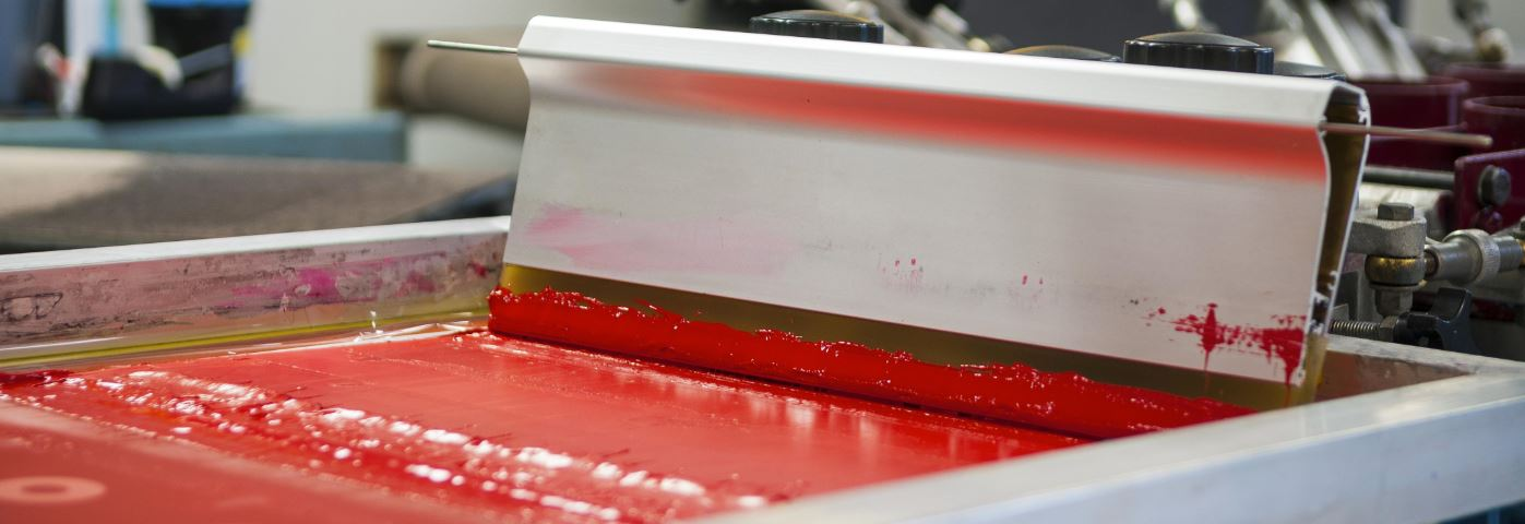 Screen printing process and scrapper
